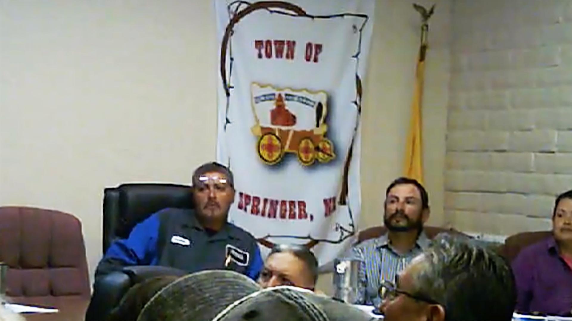 Mayor Fernando Garcia and Mayor Pro-Temp Boe Lopez listen at a Town Council Meeting