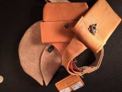 Saddleback Purse 2