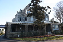 220px-Machen_Hall,_Westminster_Theological_Seminary,_Glenside_PA_01
