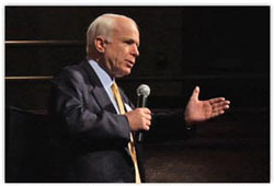 Mccain_at_townhall