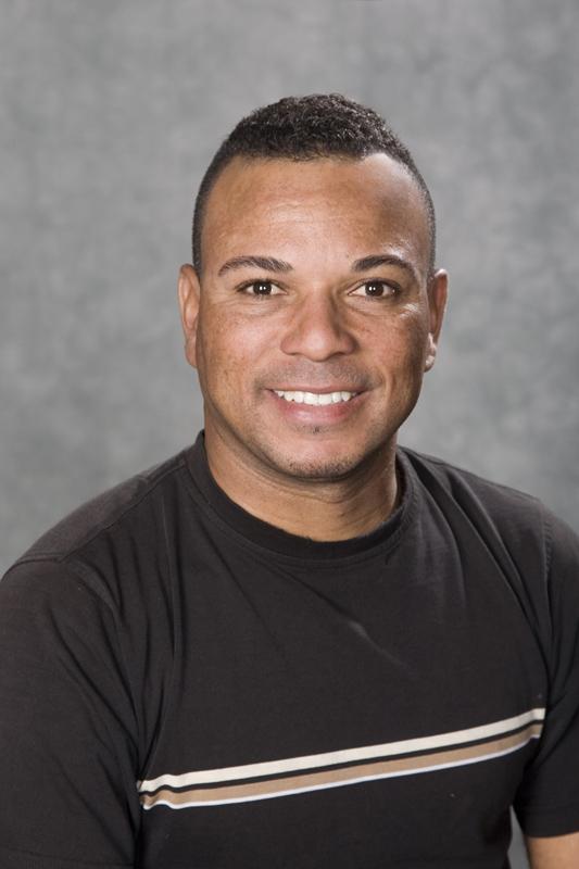 Tiago Filho, John Henry Roofing