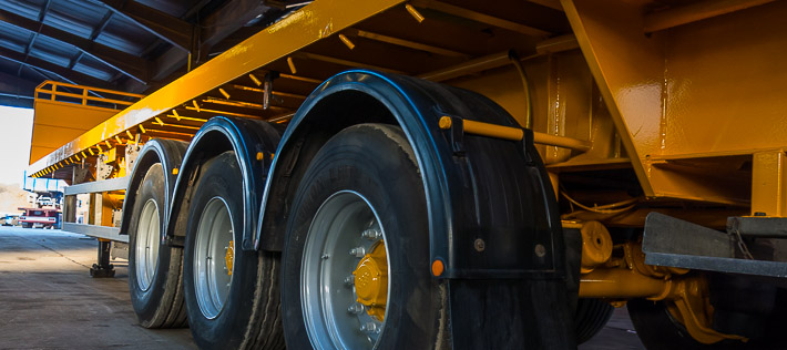 21059-dd-46_710px_extendable_low_loader_trailer_hire