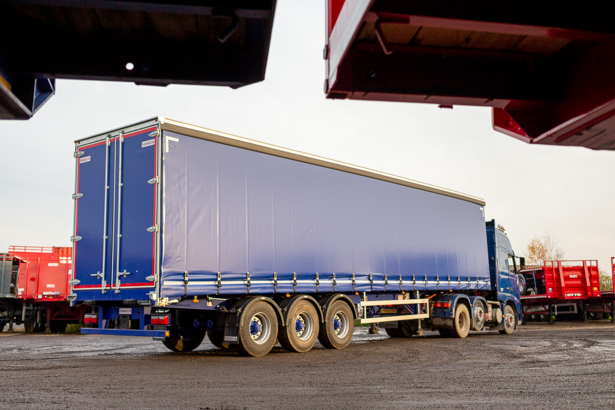 HGV Curtainsider or Tauliner Trailer