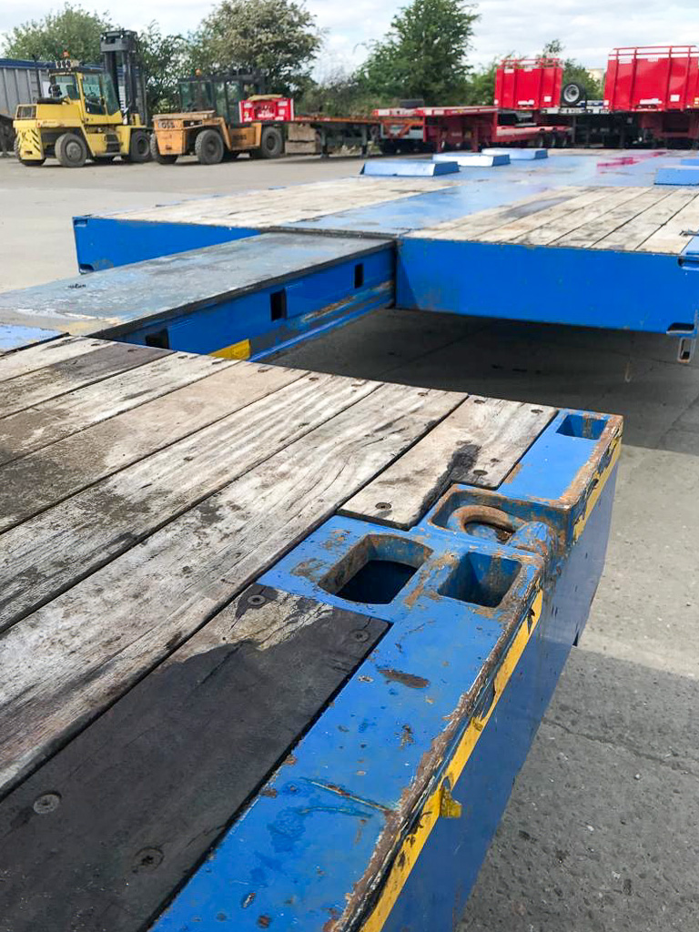 Broshuis step frame extender low loader