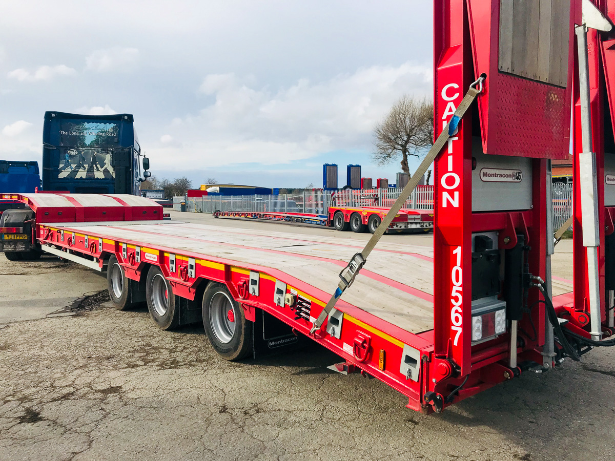 Montracon machinery carrier plant trailer