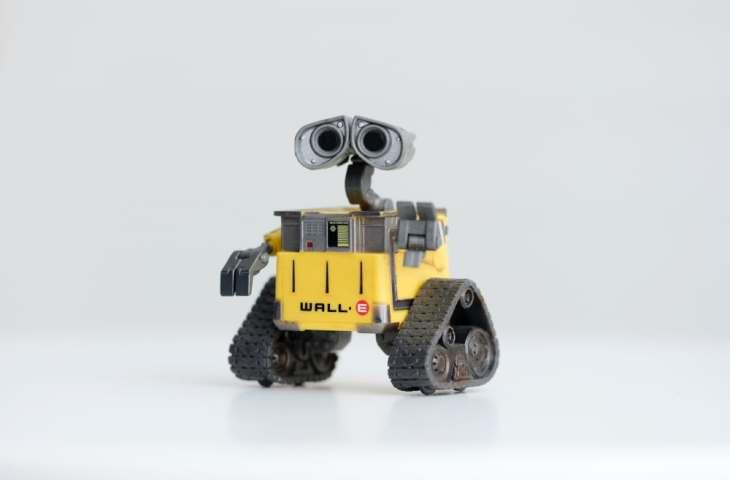 robot wall-e robomaker aws ROS robots cloud