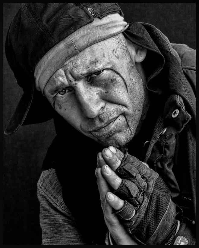 homeless-850086_1920