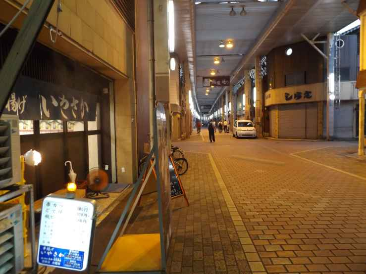 nekobashiameyadori.jpg