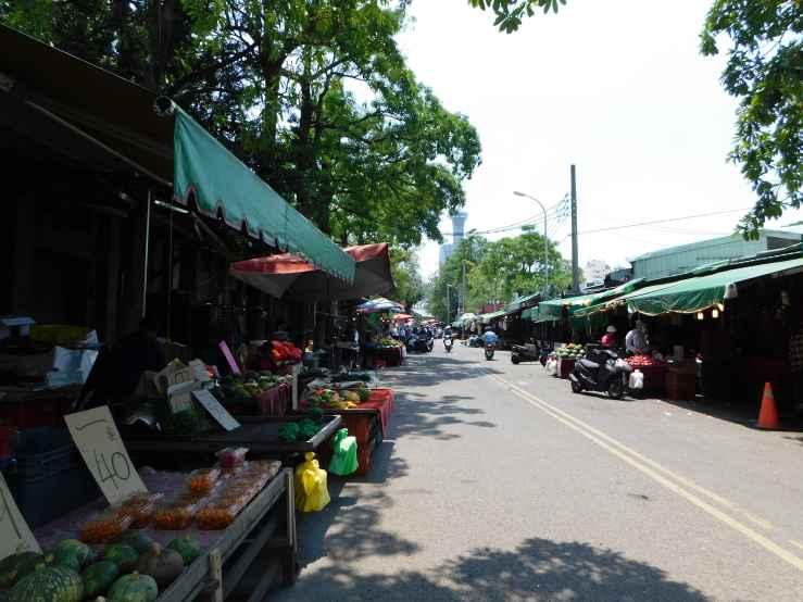 street market photo