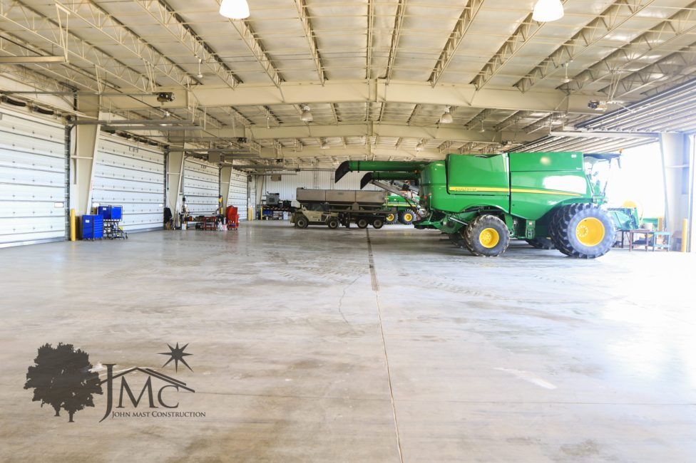 Farm/Shed Inside in Nappanee, Indiana