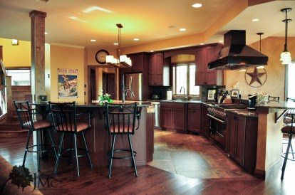 Large Kitchen Peninsula Island in Bremen, Indiana