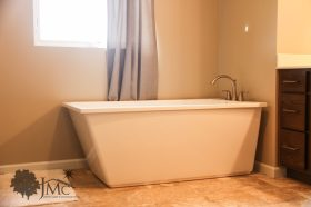 Free standing bathtub in Mishawaka, Indiana