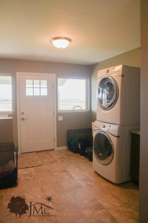 Spacious Laundry Room in Mishawaka, Indiana