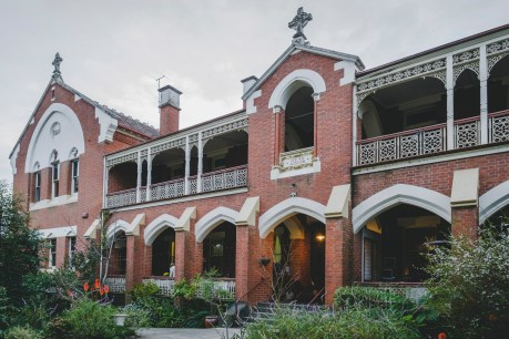 Weddings-at-The-Old-Priory-Beechworth-4
