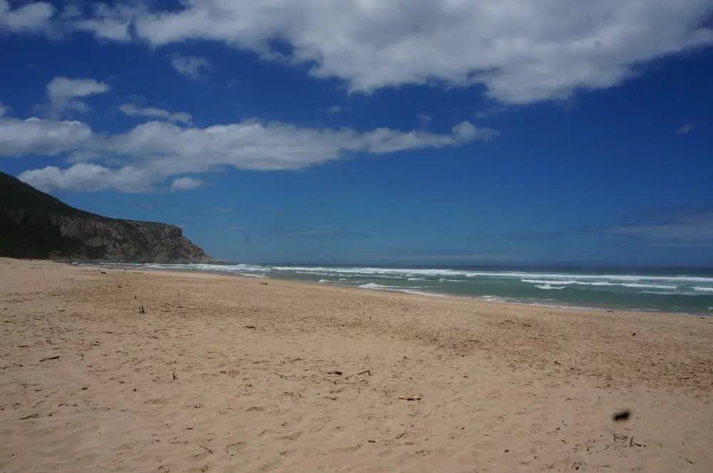 Natures Valley beach plettenerg bay
