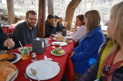 Lunch break after the Ihlara Valley hike