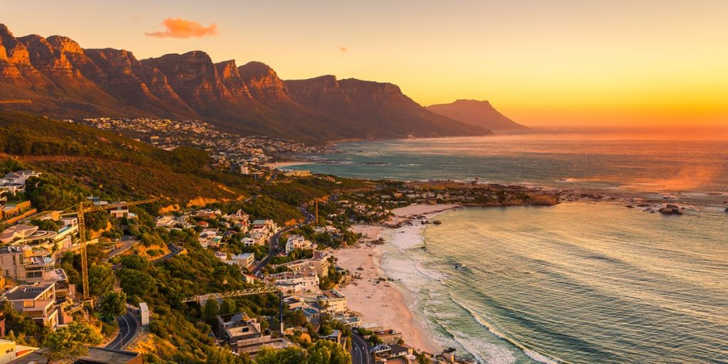 Cape town sunset maidens cove clifton camps bay
