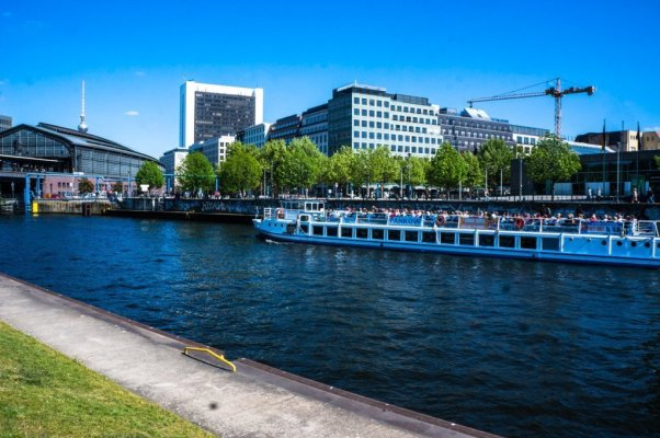 Berlin river boat ride