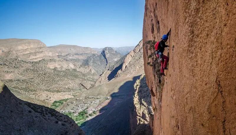 climbing-tafraoute-morocco