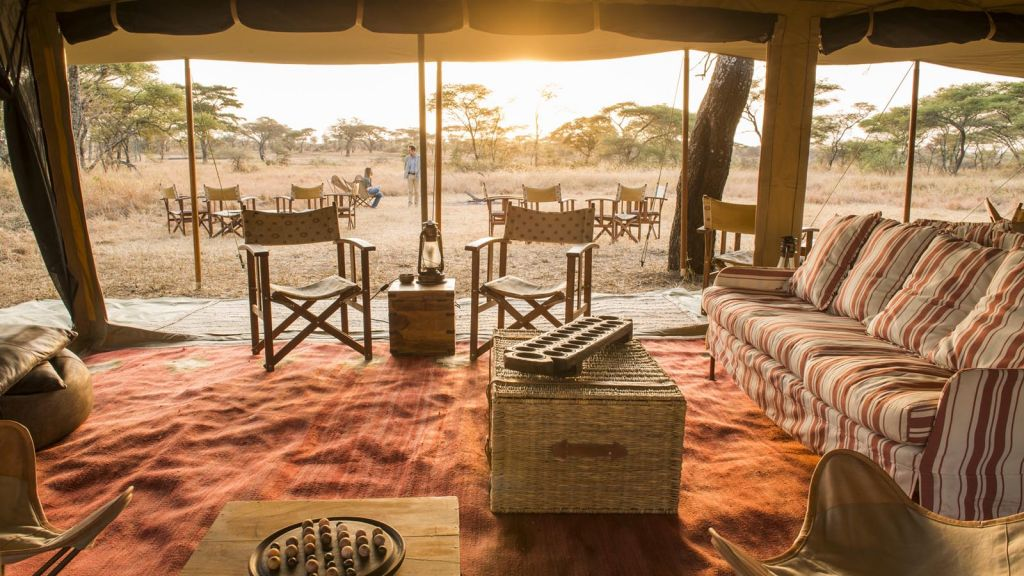 Nomad Serengeti Lodge