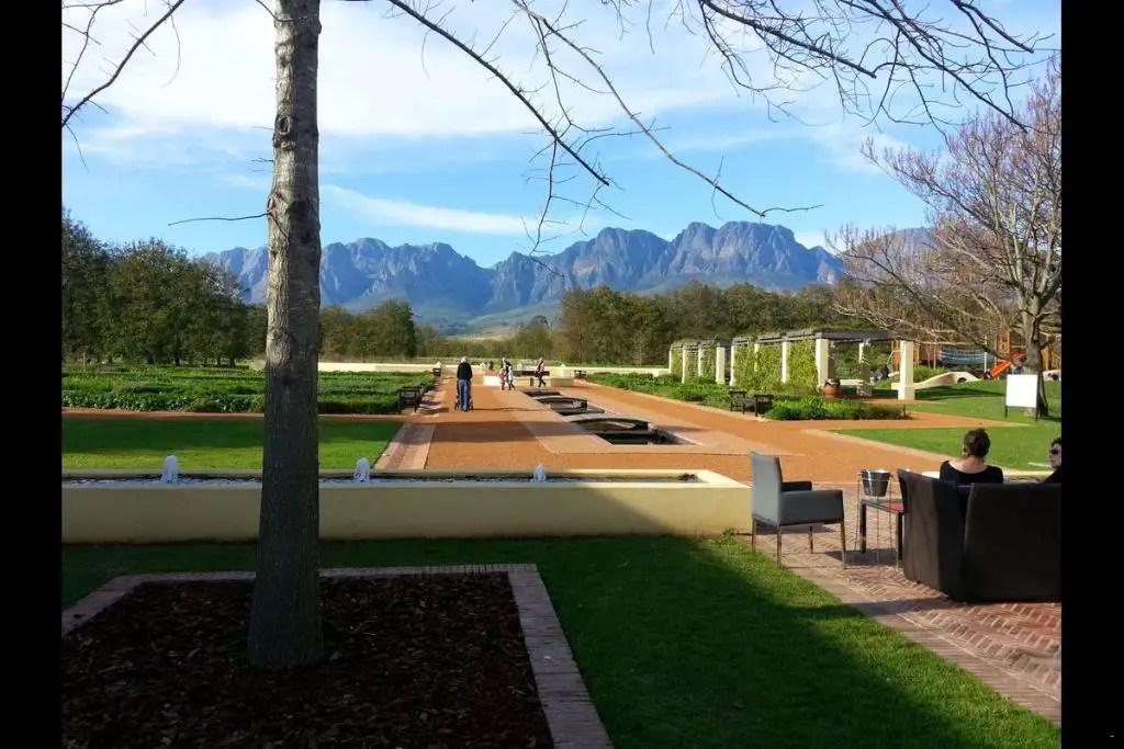vergelegen wine farm south africa