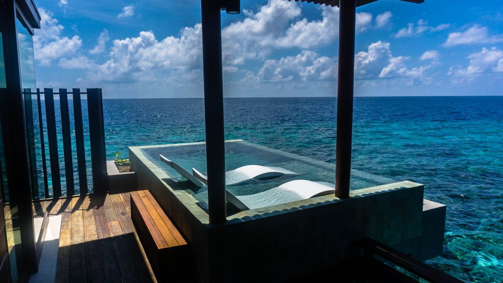 Park Hyatt hadahaa sunset pool villa