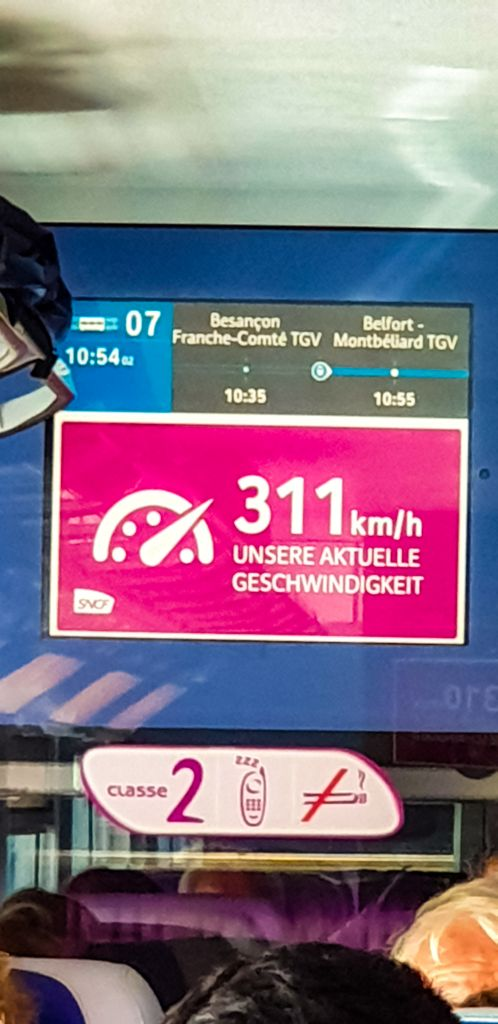 Blazing fast speeds on the SNCF trains