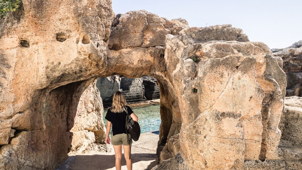 Spiaggia e Piscina Naturale di Marina Serra