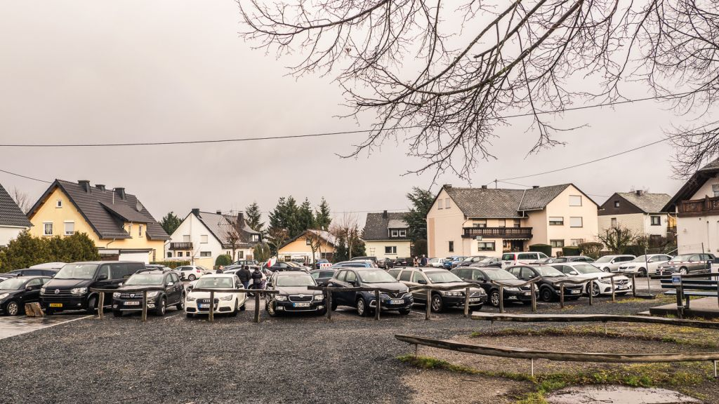 morsdorf parking lot