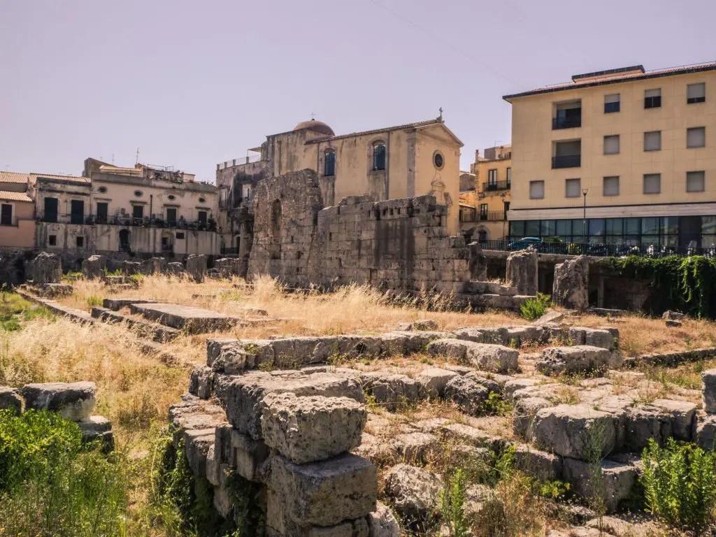 siracusa sicily roman ruins