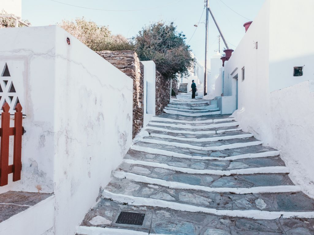Apollonia town sifnos