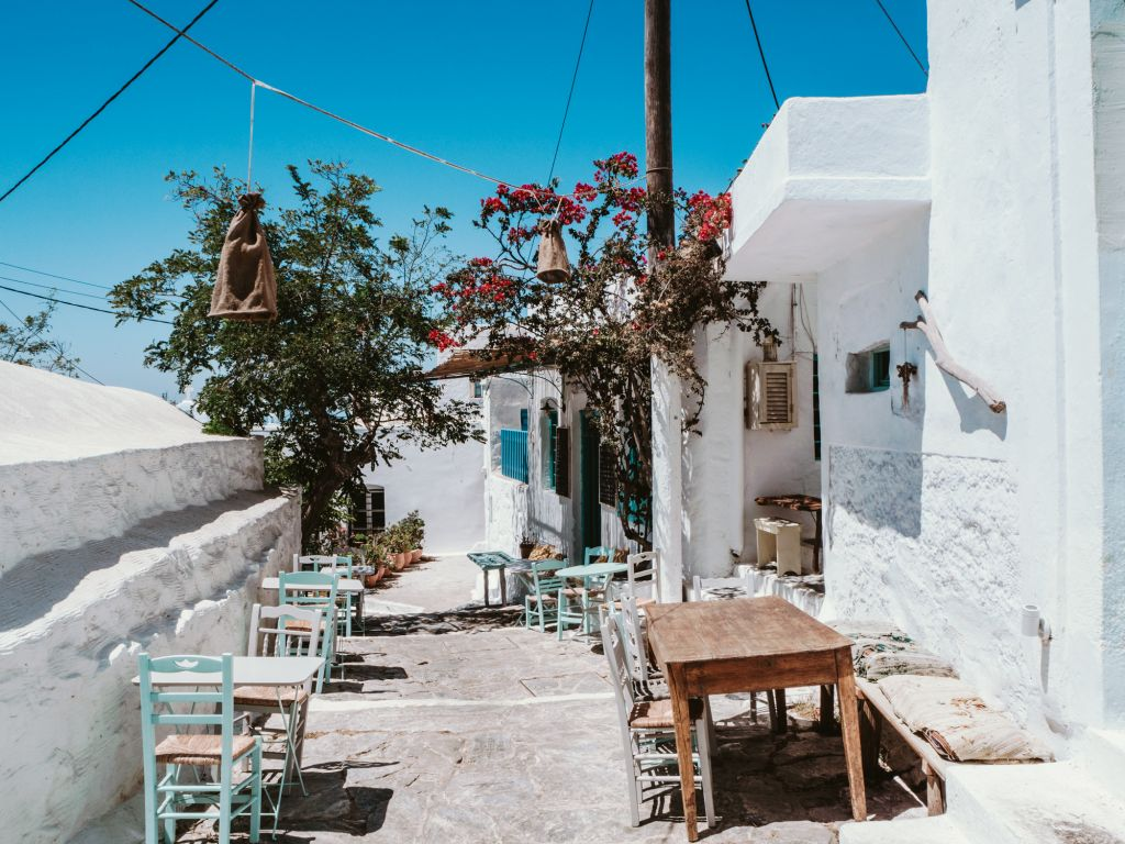 Amorgos chora cycladic architecture