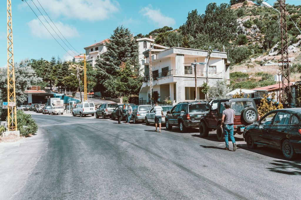 Gas lines in Lebanon during the financial crisis
