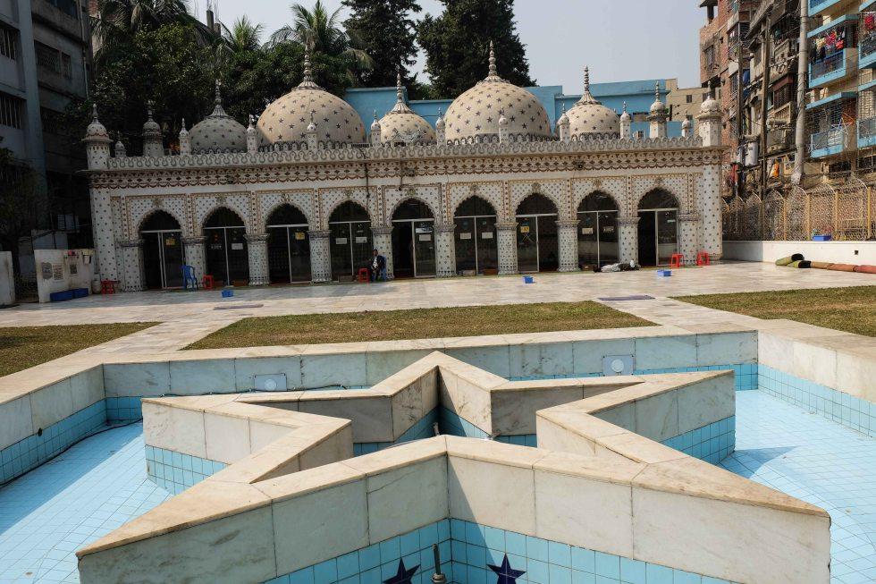 Star_Mosque_Tara_Masjid_Dhaka_Bangladesh-1739