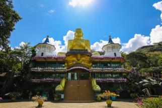 golden-buddha-Dambulla-panorama
