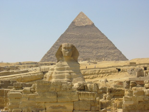 great-pyramid and sphinx