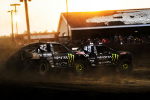 Johnny Greaves and CJ Greaves doing battle in the AMSOIL Cup race