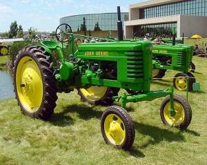 Antique John Deere Tractor Jd Model H Tractorshed