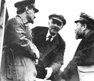 Leon Trotsky, V.I. Lenin, Lev Kamenev