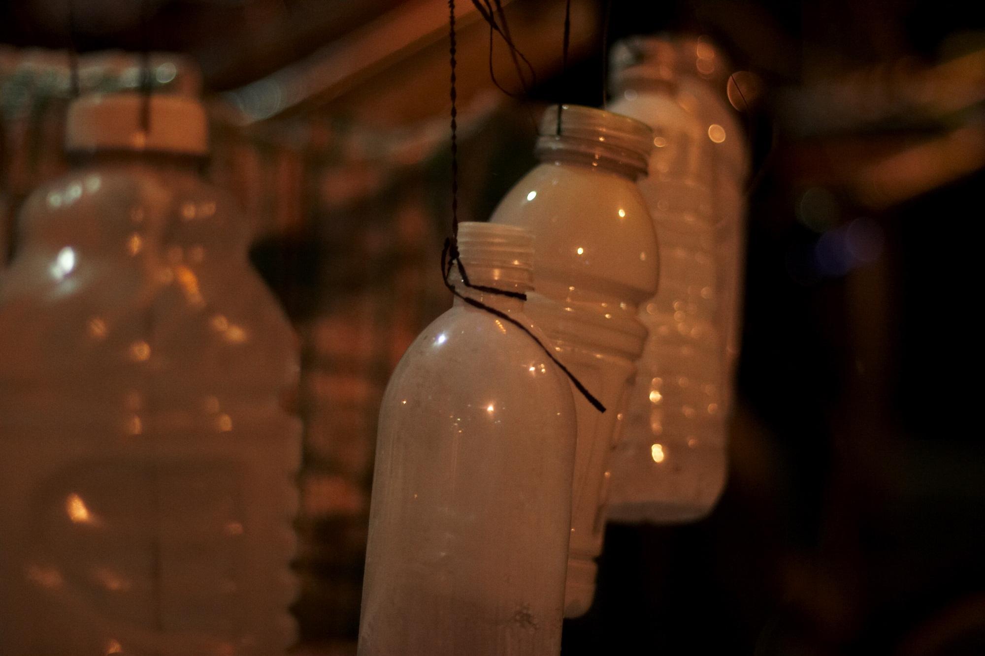 TH2_bottles
