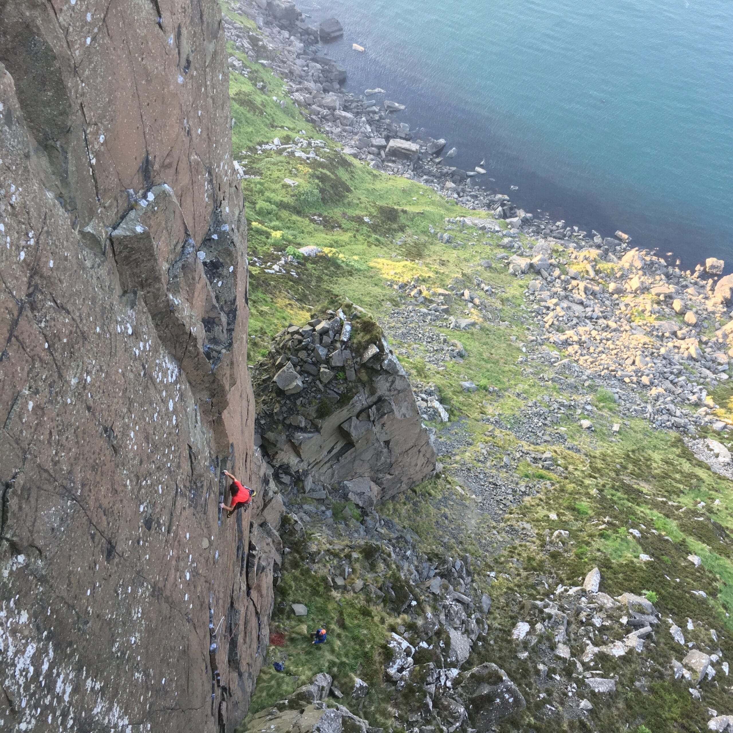 Looking down on Alex's flash of The Dark Side, E8 6c