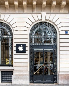 apple_paris_JDS6124-fb