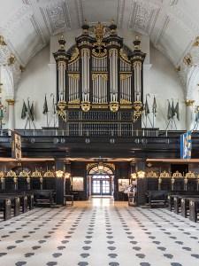 st-clement-danes-naive-organ_JDS1525-fb