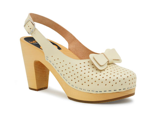 Used Lacy clog sandals by Swedish Hasbeens in white size 36 (6). Good condition with wear evident in floor bed but leather and wood soles look great.
