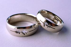 Звуковые обручальные кольца