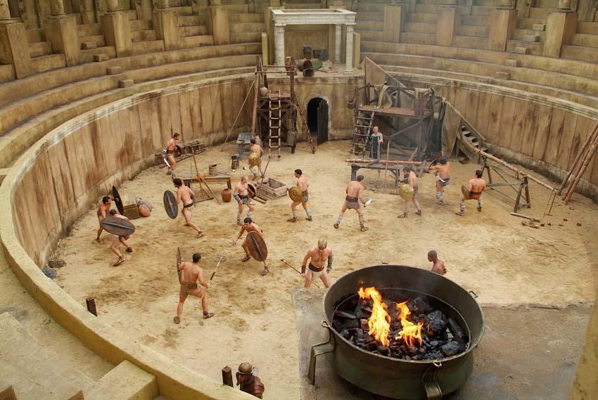 Где зародились игры гладиаторов?