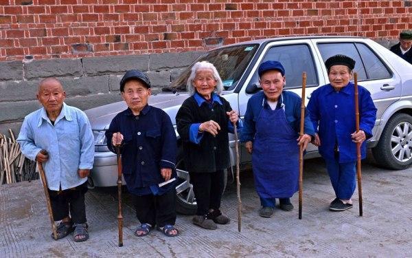 Неразрешённый секрет китайской деревни-карликов