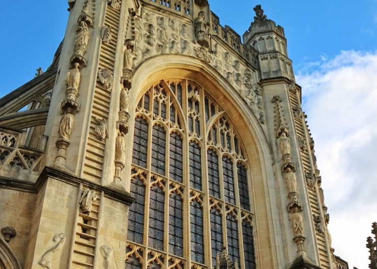 巴斯修道院Bath Abbey。 Photo by Serina