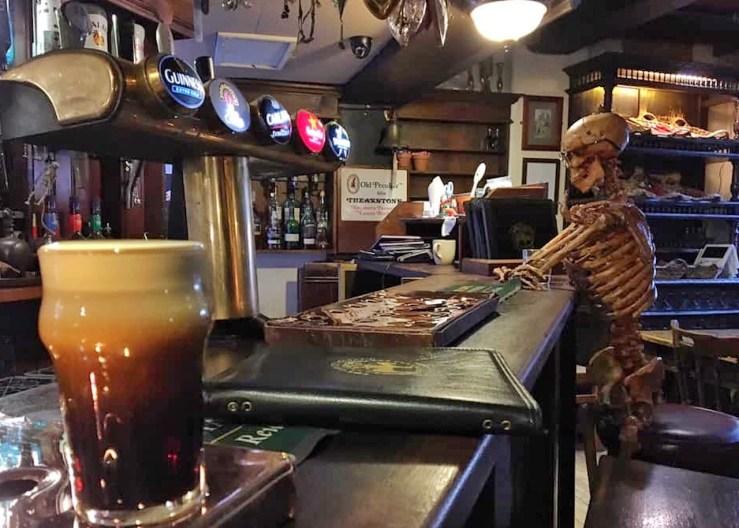 約克 York:約克的幽靈酒吧(The Golden Fleece )