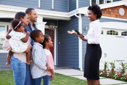 Agent showing home to family